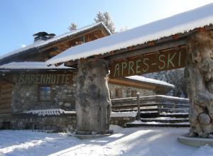 Heerlijk wat napraten over de dag op de piste in de après-skibar de Barenhütte