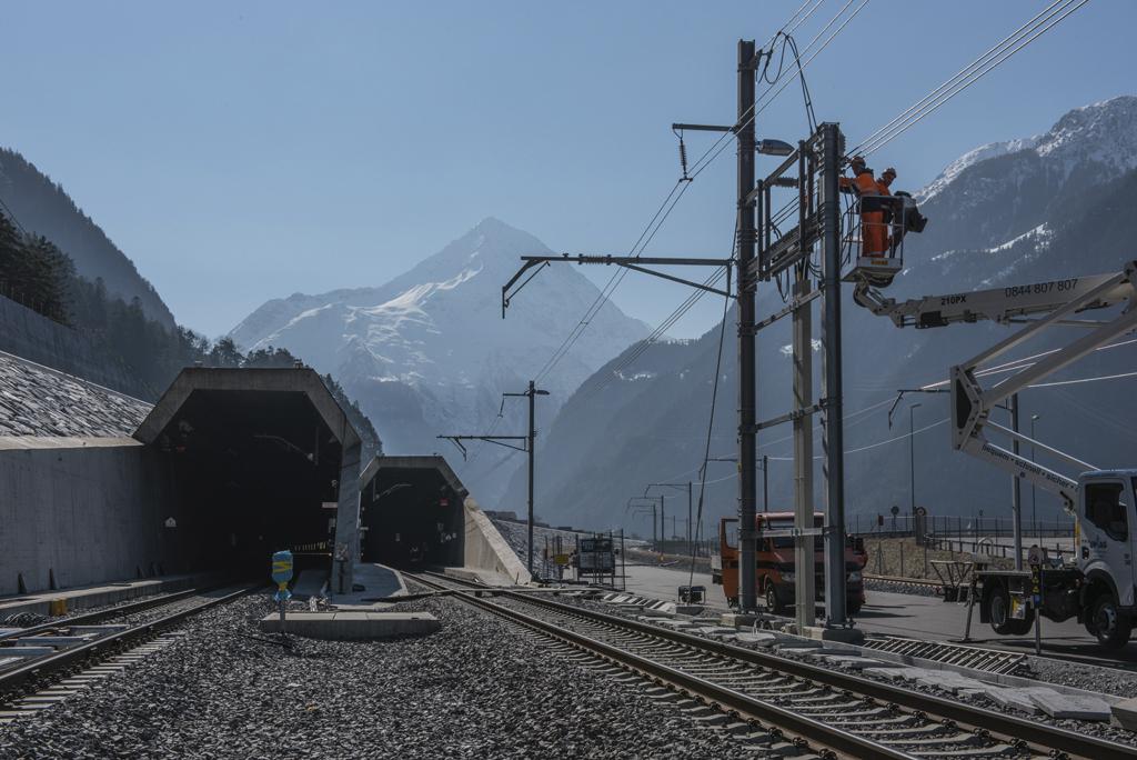 Langste treintunnel ter wereld