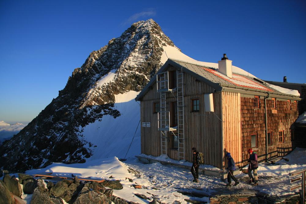 Het uitzicht bij de hoogste berghut van oostenrijk - Berghut foto ...