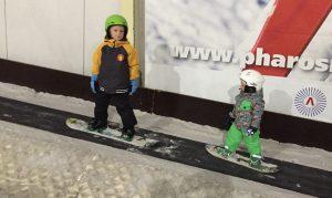 Mika snowboarden