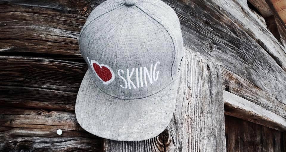 I Love Skiing pet