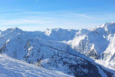 Besneeuwde berg Hochzillertal Hochfügen
