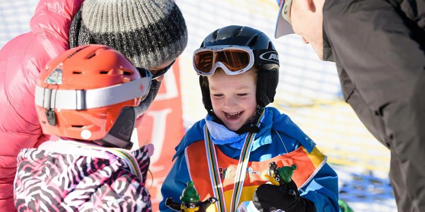 VACATURES: Kindercoaches en -begeleiders in de sneeuw