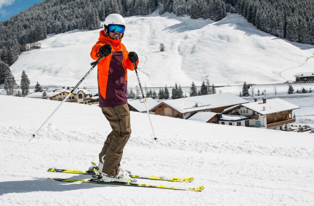 Skiër op de piste in Gerlos