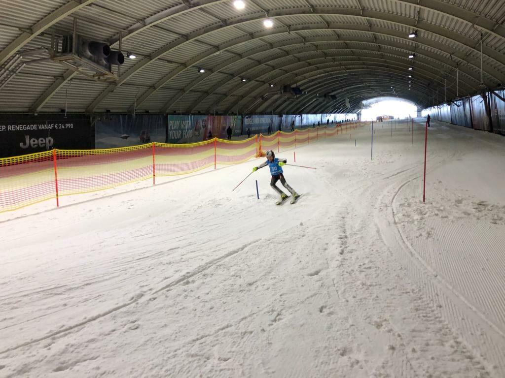 Skiën in skihal