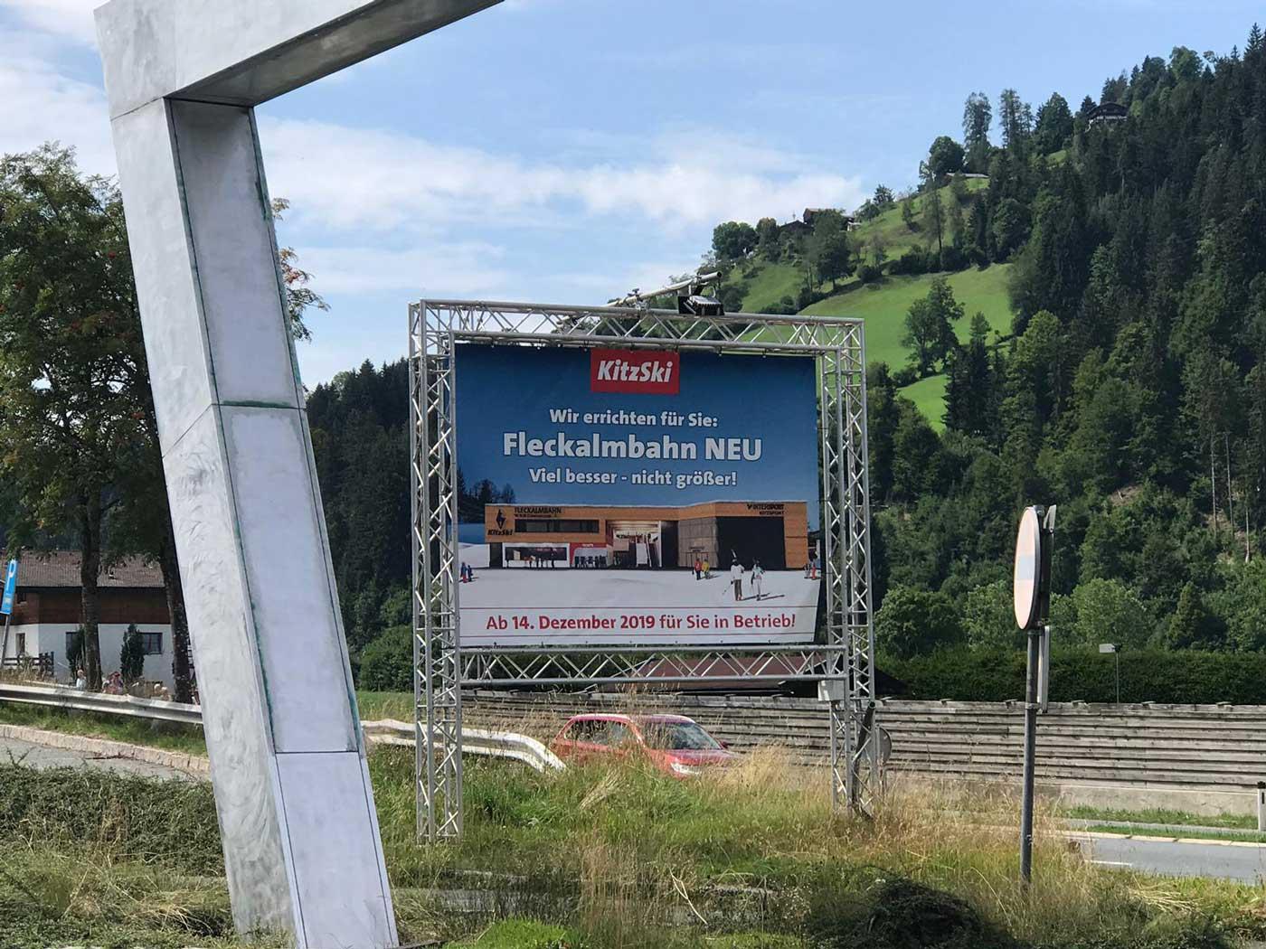 Bord met nieuwe Fleckalmbahn Kirchberg