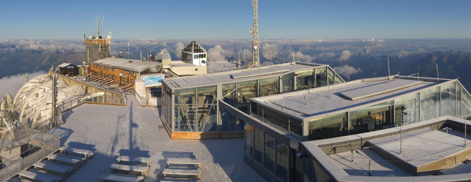 Sneeuw op de Zugspitze