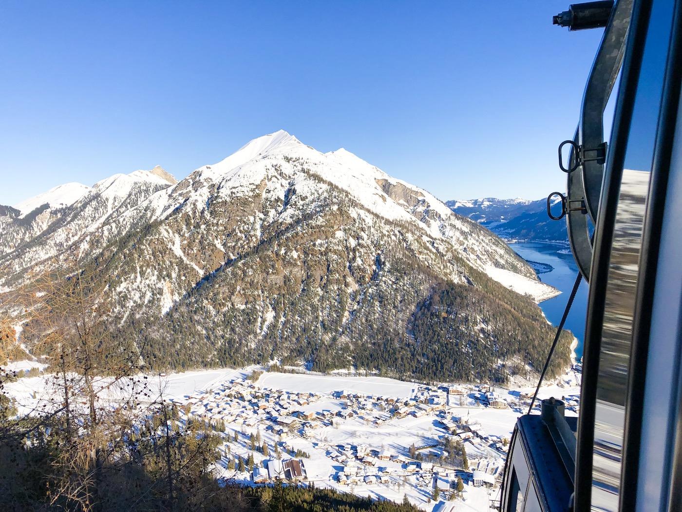 Uitzicht Karwendelbahn op de Achdensee