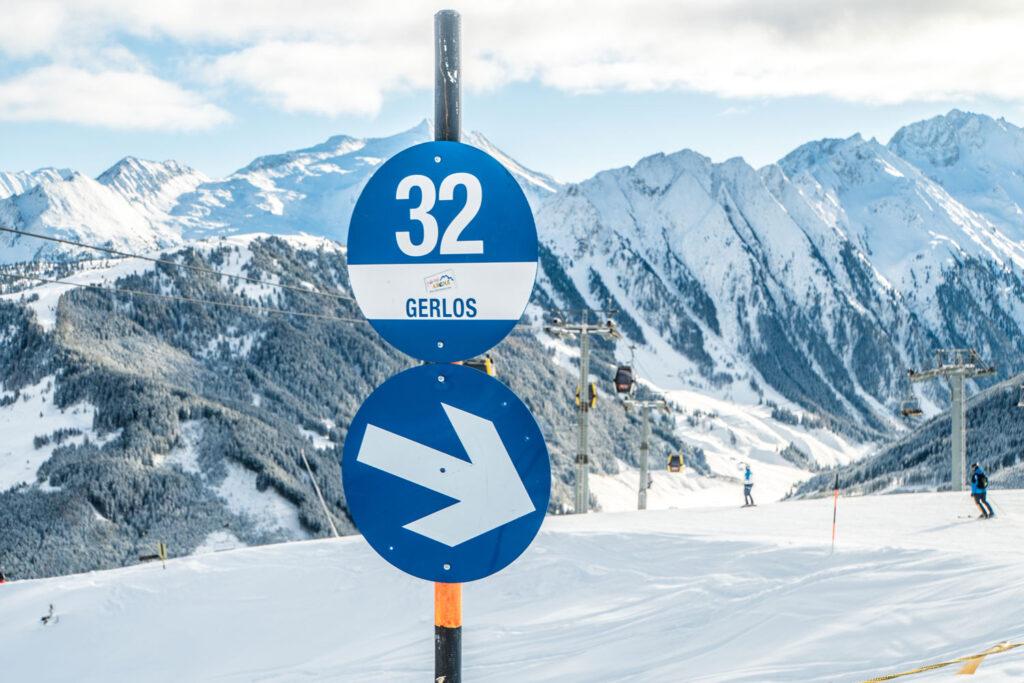 Blauwe piste in skigebieden beginners
