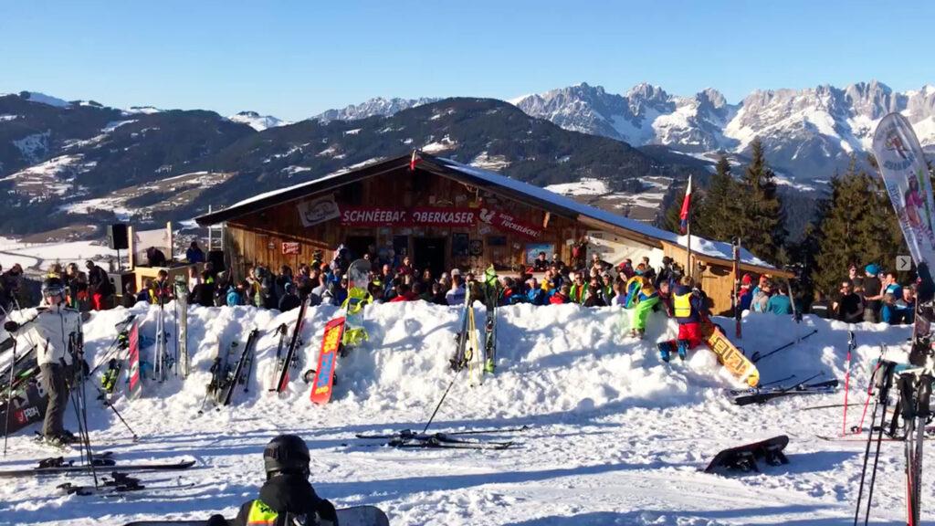 Après-ski in Kirchberg bij Schneebar Oberkaser