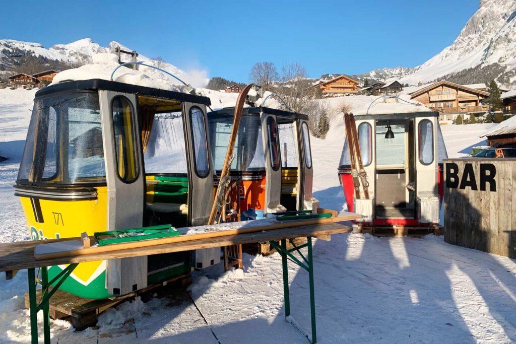 Bus Stop après-ski bar Zwitserland