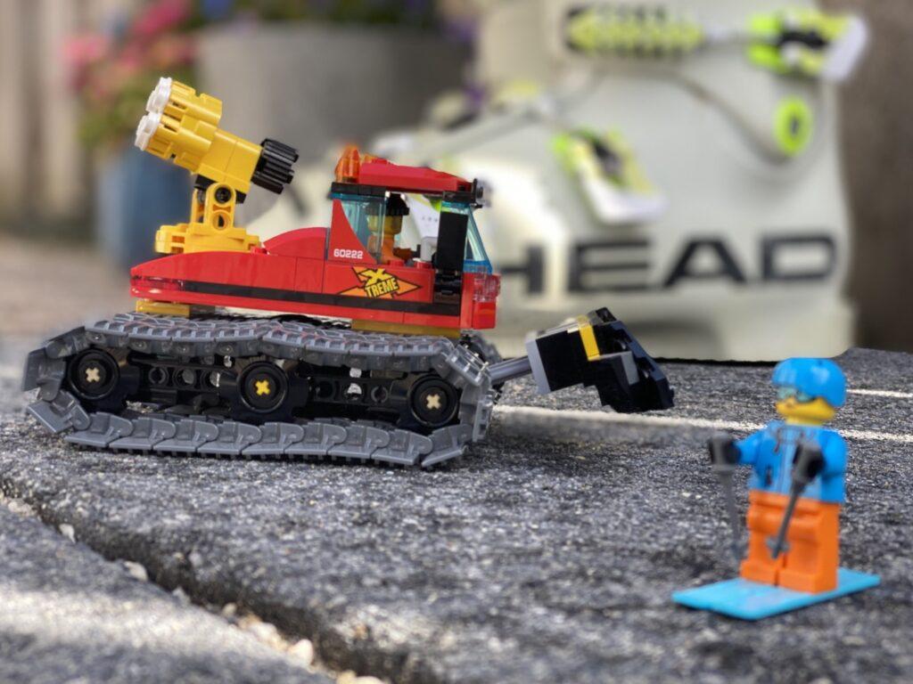 Lego pistenbully