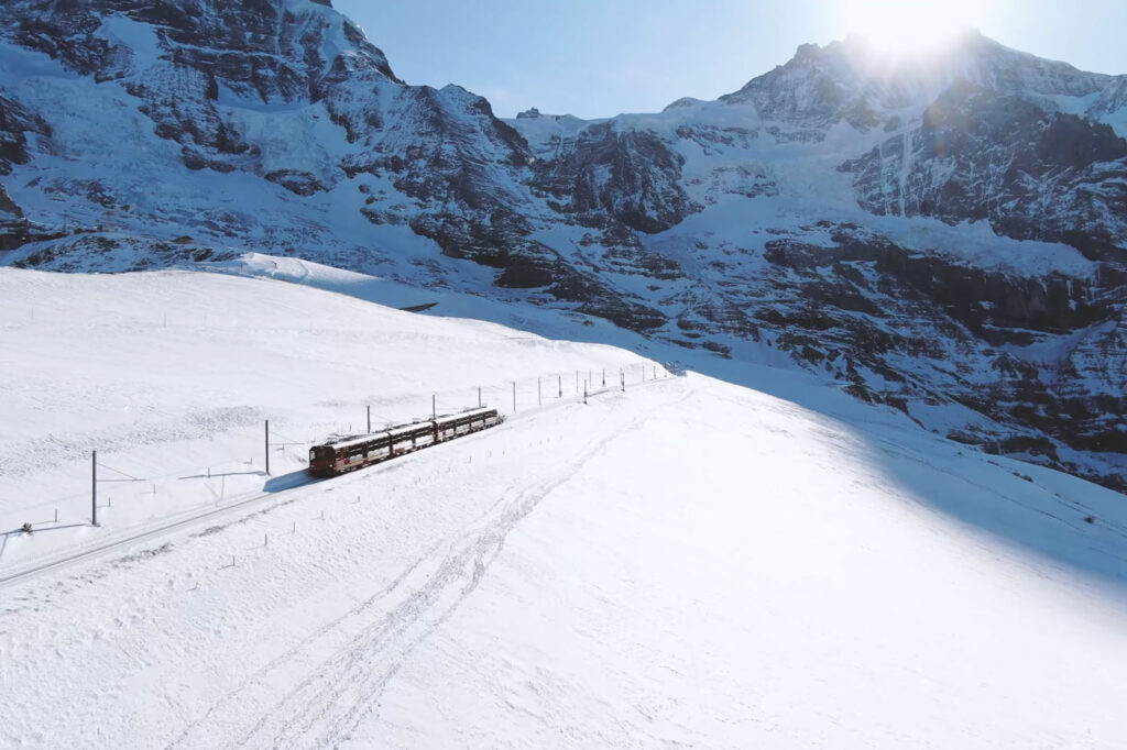 Trein op wintersport voorjaarsvakantie 2021