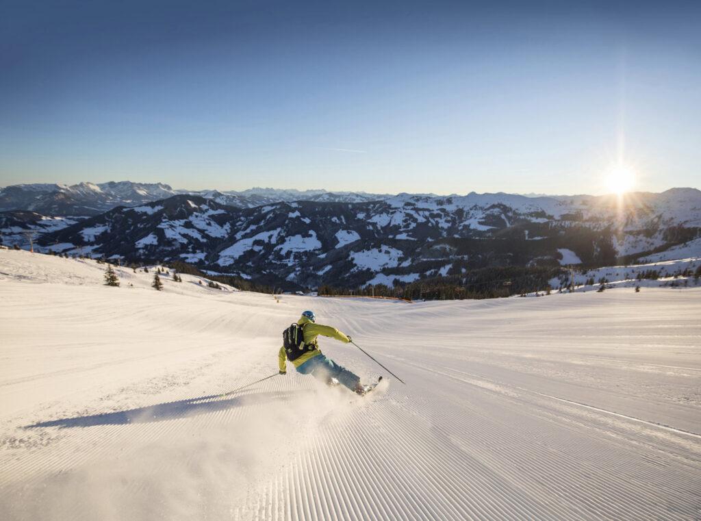 Early Bird skiing Ski Juwel